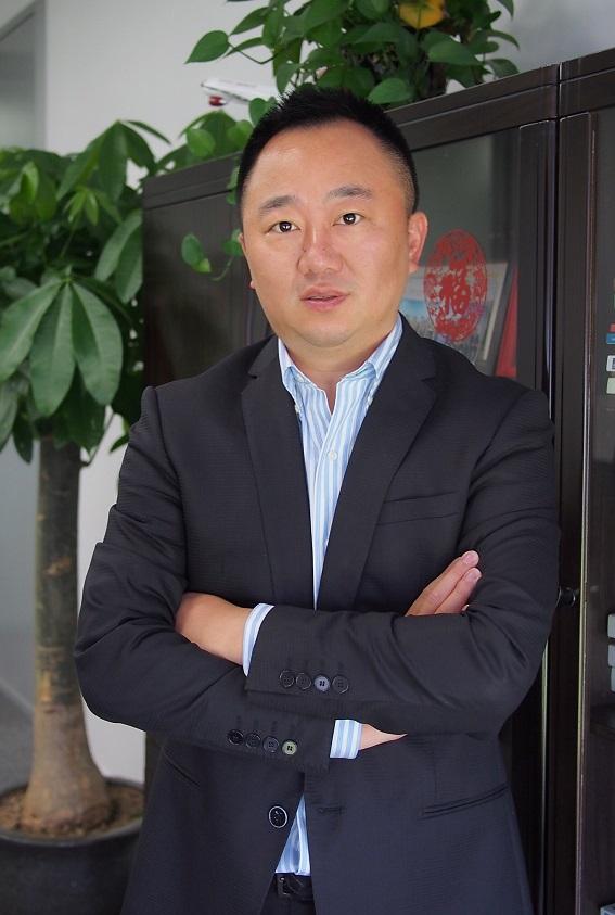 上海银行杨嵘:信用卡步入扩张快车道轻渠道获客转型正劲